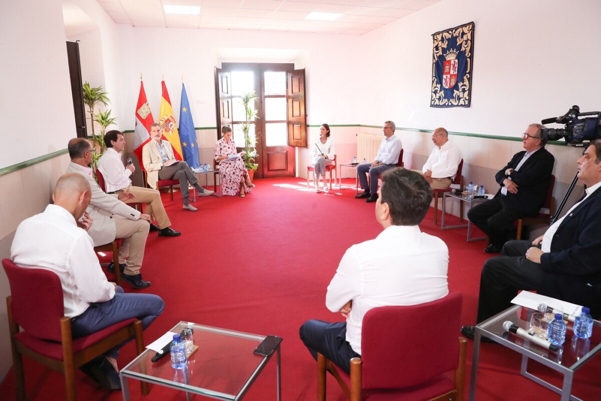 Reunión de Trabajo organizada con los Reyes de España